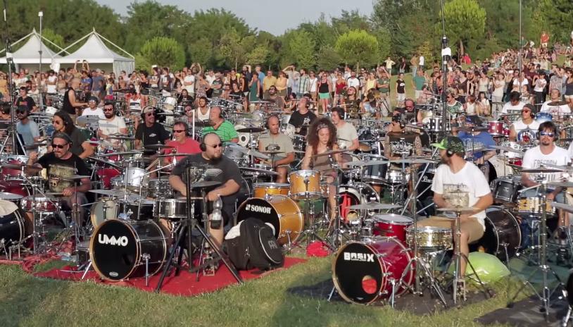 Foo Fighters Rockin 1000 lezioni per la gestione